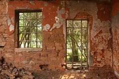 Vecchie finestre del cottage Fotografie Stock Libere da Diritti