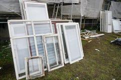 Vecchie finestre di legno Fotografie Stock
