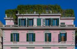 Vecchie finestre a Roma Italia Immagini Stock