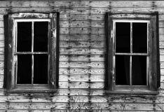 Vecchie finestre rotte Immagine Stock