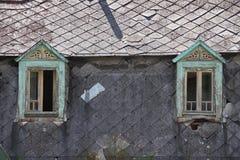 Vecchie finestre verdi Immagini Stock Libere da Diritti