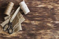 Vecchie forbici d'adattamento fotografia stock