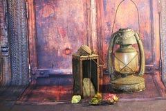 Vecchie lampade della lanterna di cherosene Immagini Stock