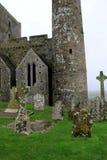 Vecchie lapidi e strutture, roccia di Cashel, contea Tipperary, Irlanda, ottobre 2014 Immagini Stock