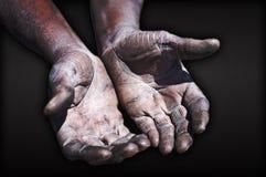 Vecchie mani del lavoratore Fotografia Stock Libera da Diritti