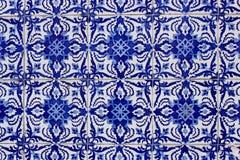 Vecchie mattonelle portoghesi tradizionali di azulejo fotografia stock libera da diritti