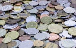 Vecchie monete Fondo immagini stock libere da diritti