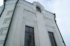 Vecchie pareti con le finestre immagine stock libera da diritti