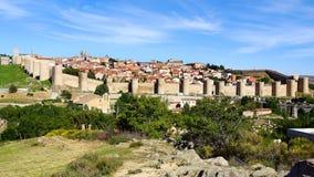Vecchie pareti della fortezza, città di Avila Immagini Stock Libere da Diritti