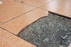 Vecchie piastrelle per pavimento tagliate Fotografie Stock Libere da Diritti
