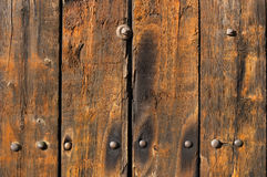Vecchie plance di legno esposte all'aria e portate Fotografie Stock Libere da Diritti