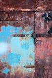 Vecchie porte del garage del metallo di lerciume Fotografia Stock