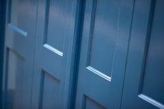 Vecchie porte, maniglie, serrature, grate e finestre Fotografie Stock Libere da Diritti