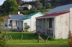Vecchie retro case in legno Fotografie Stock Libere da Diritti