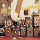 Vecchie retro macchine fotografiche Immagini Stock