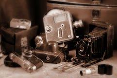 Vecchie retro macchine fotografiche Immagine Stock