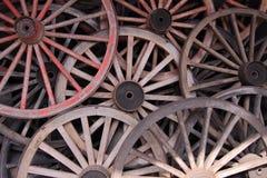 Vecchie rotelle di legno Fotografie Stock