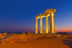 Vecchie rovine nel lato, Turchia al tramonto Immagine Stock