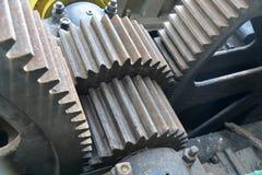 Vecchie ruote di ingranaggio del motore Immagini Stock Libere da Diritti