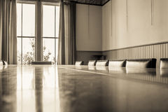 Vecchie stanza di scheda/sala da pranzo fotografie stock libere da diritti
