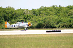 Vecchie terre dell'aereo di combattimento Fotografie Stock