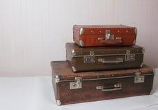 Vecchie valigie d'annata immagine stock