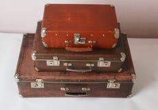 Vecchie valigie d'annata fotografia stock