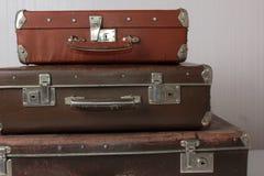 Vecchie valigie d'annata immagine stock libera da diritti