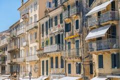 Vecchie vie, città di Corfù Immagine Stock