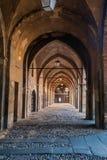 Vecchie vie coperte a Bergamo, Italia Immagine Stock