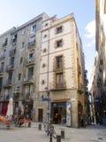 Vecchie vie di Barcellona Immagine Stock