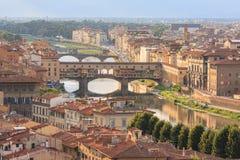 Vecchio桥梁和阿尔诺河,佛罗伦萨,意大利 库存照片