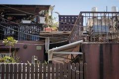 Vecchio alloggio sulla via di vecchio Tel Aviv, Israele Fotografia Stock Libera da Diritti