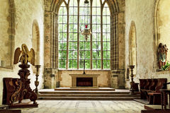 Vecchio altare della chiesa in un'abbazia storica Immagine Stock Libera da Diritti