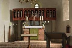 Vecchio altare nella chiesa Fotografia Stock Libera da Diritti
