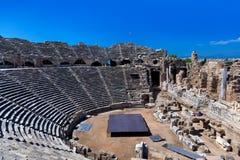 Vecchio amphitheater nel lato, Turchia Immagini Stock