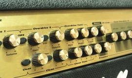 Vecchio amplificatore della chitarra Immagine Stock