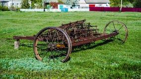 Vecchio aratro di agricoltura del ferro Immagine Stock Libera da Diritti