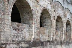 Vecchio arco del mattone Fotografie Stock Libere da Diritti