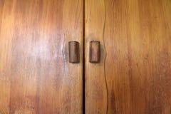 Vecchio armadio di legno fotografia stock
