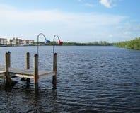Vecchio bacino di legno della barca da un ingresso a Napoli Florida Immagine Stock Libera da Diritti
