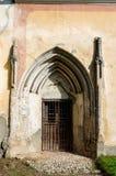 Vecchio backdoor della chiesa, architettura della Transilvania Fotografia Stock