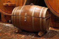 Vecchio barilotto di vino Immagini Stock