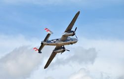 Vecchio bombardiere durante il volo Immagine Stock Libera da Diritti