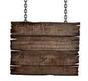 Vecchio bordo di legno del segno sulla catena Fotografie Stock Libere da Diritti