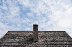 Vecchio camino sul tetto Fotografia Stock Libera da Diritti