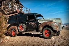 Vecchio camion arrugginito nella città di Nelson Ghost, U.S.A. Fotografie Stock