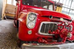 Vecchio camion dei vigili del fuoco rosso Fotografie Stock Libere da Diritti