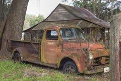 Vecchio camion dell'annata immagini stock libere da diritti