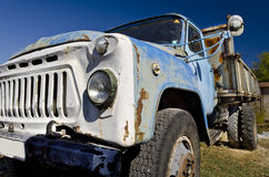 Vecchio camion dilapidato Immagini Stock